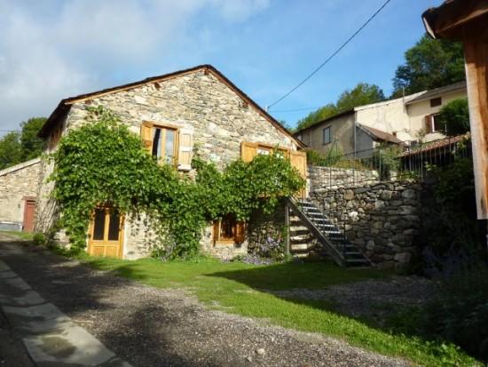 Une location confortable et lumineuse dans les Pyrénées.