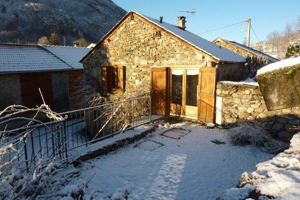 Un beau gîte rural de montagne, bien exposé et bien équipé